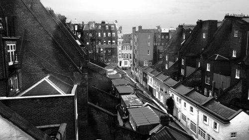 london-1b