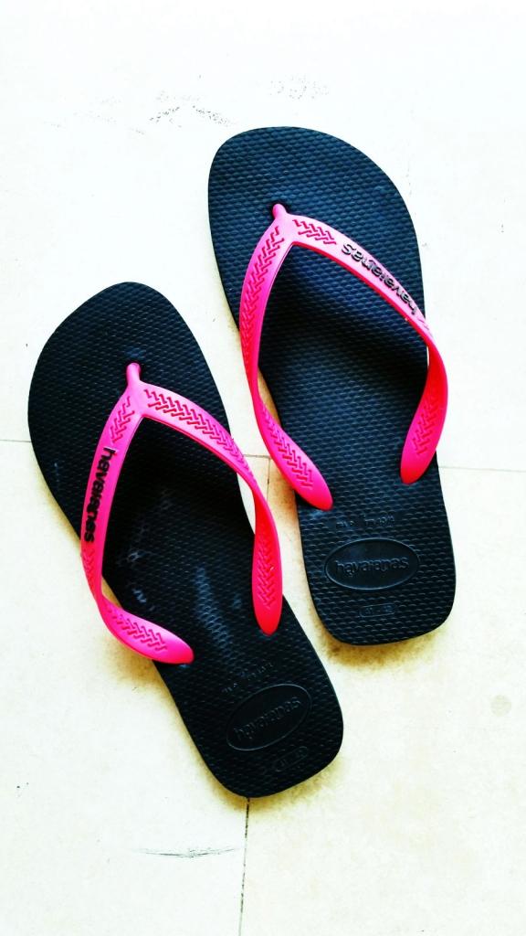pink-flip-flops