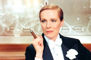 gender-benders-julie-andrews_0