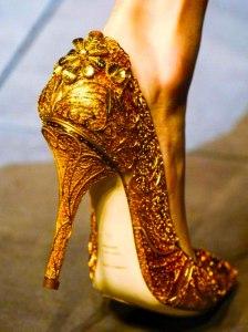 golden-shoes-6