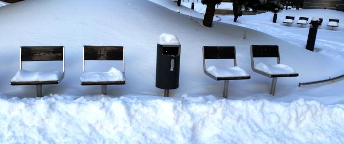 snowy-seats-2