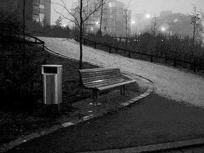 seat-in-rain-2