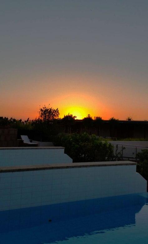 3-simply-setting-sun